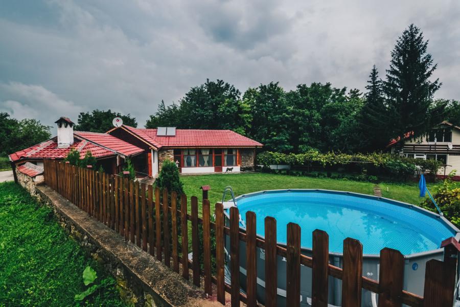 """Къща за гости """"Завоя"""" с.Крушуна"""